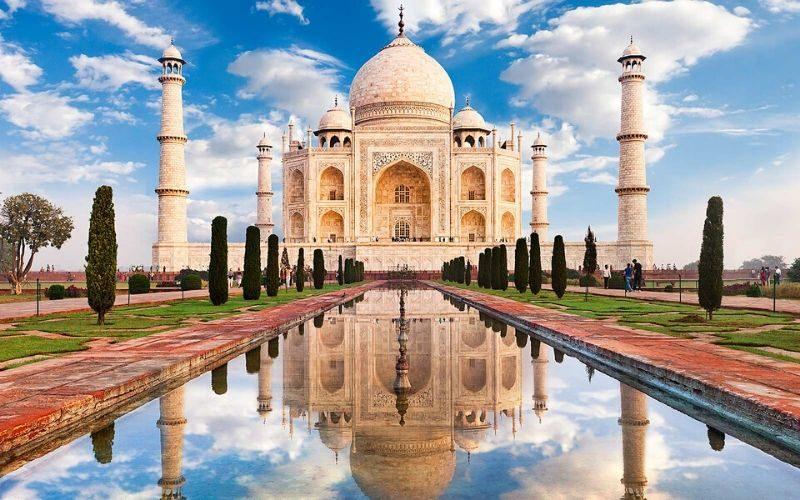 Paket tour india