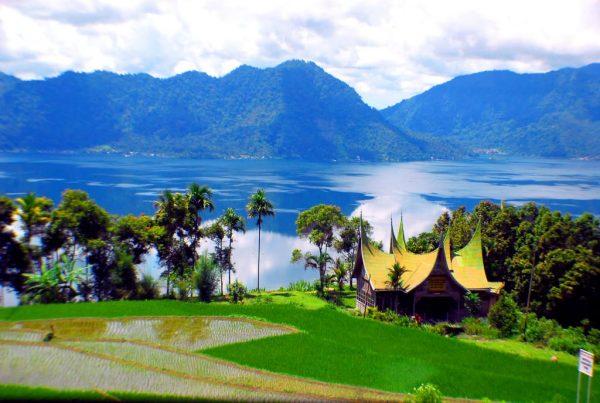 paket tour sumatera barat