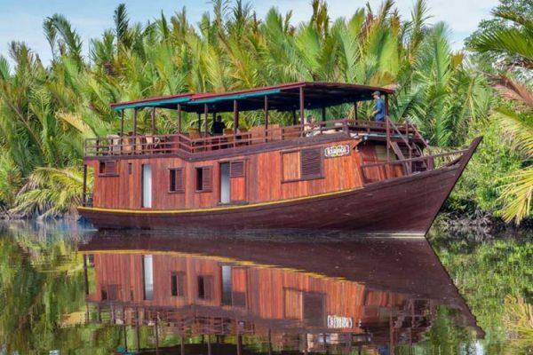 eco tour orang utan east borneo